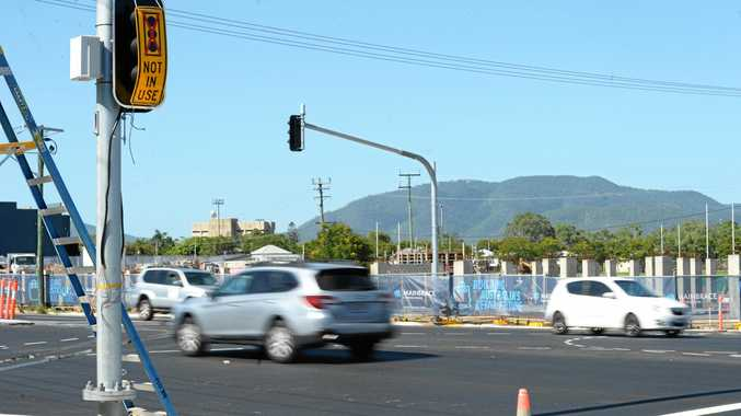 New traffic lights at Aldi construction site won't go live until the store opening in November.