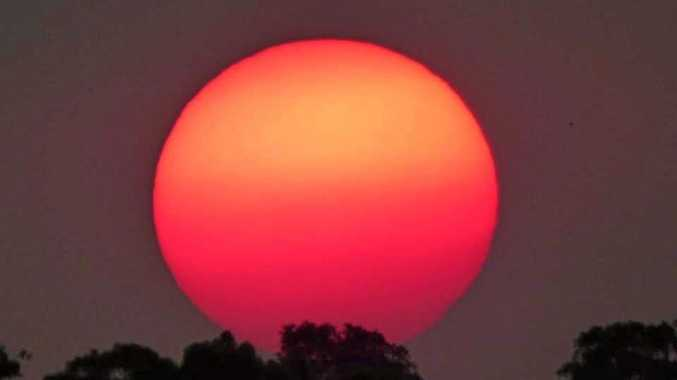 Why bushfires give our sun a red glow