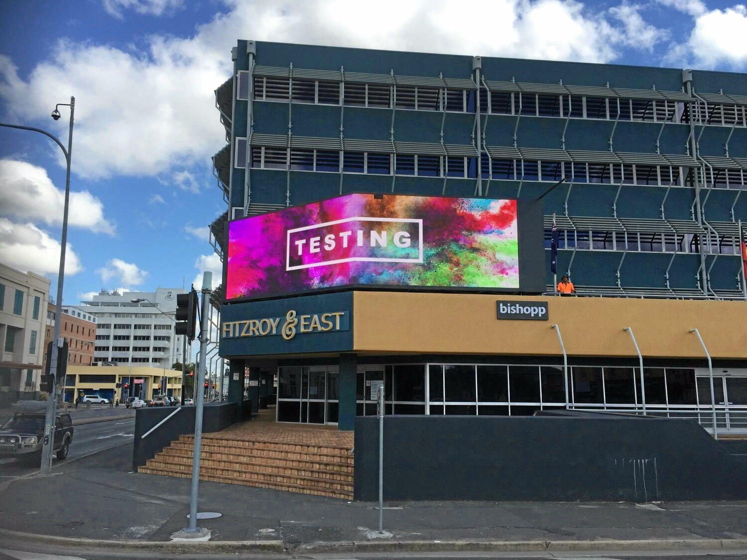 The new electronic billboard will be a similar design to the one placed on the corner of Fitzroy and East streets.