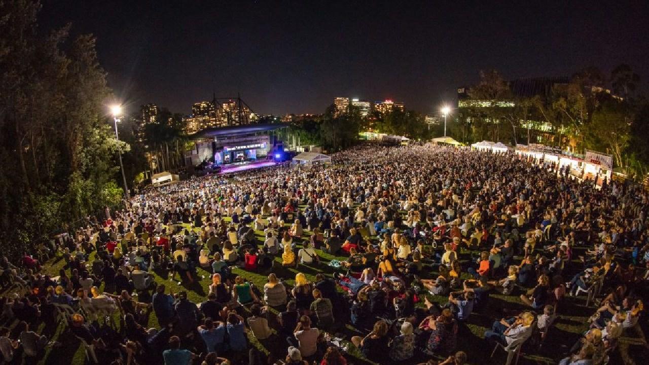 US evangelical preacher William Franklin Graham talks to more than 8750 at Riverstage.