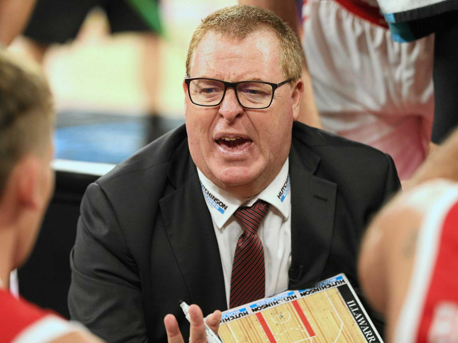 Rob Beveridge coaches the Illawarra Hawks in their round-15 claqsh with Melbourne United. Picture: Hamish Blair/AAP