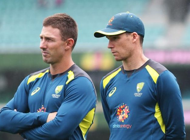 Shaun Marsh and Peter Hanscomb have their eyes on the one spot in the World Cup squad. Photo: Brett Costello