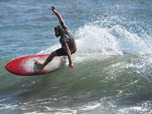 Surfing Nielson Park Beach