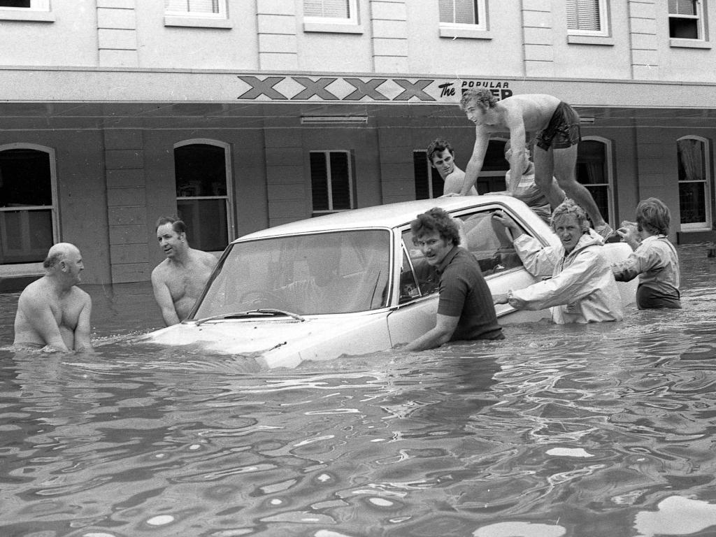 Flooded Margaret St, Brisbane, during the 1974 floods