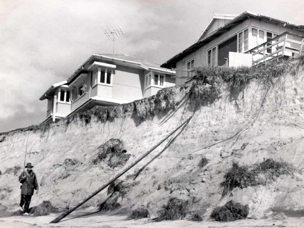 Gold Coast beach erosion caused by Cyclone Dinah in 1967