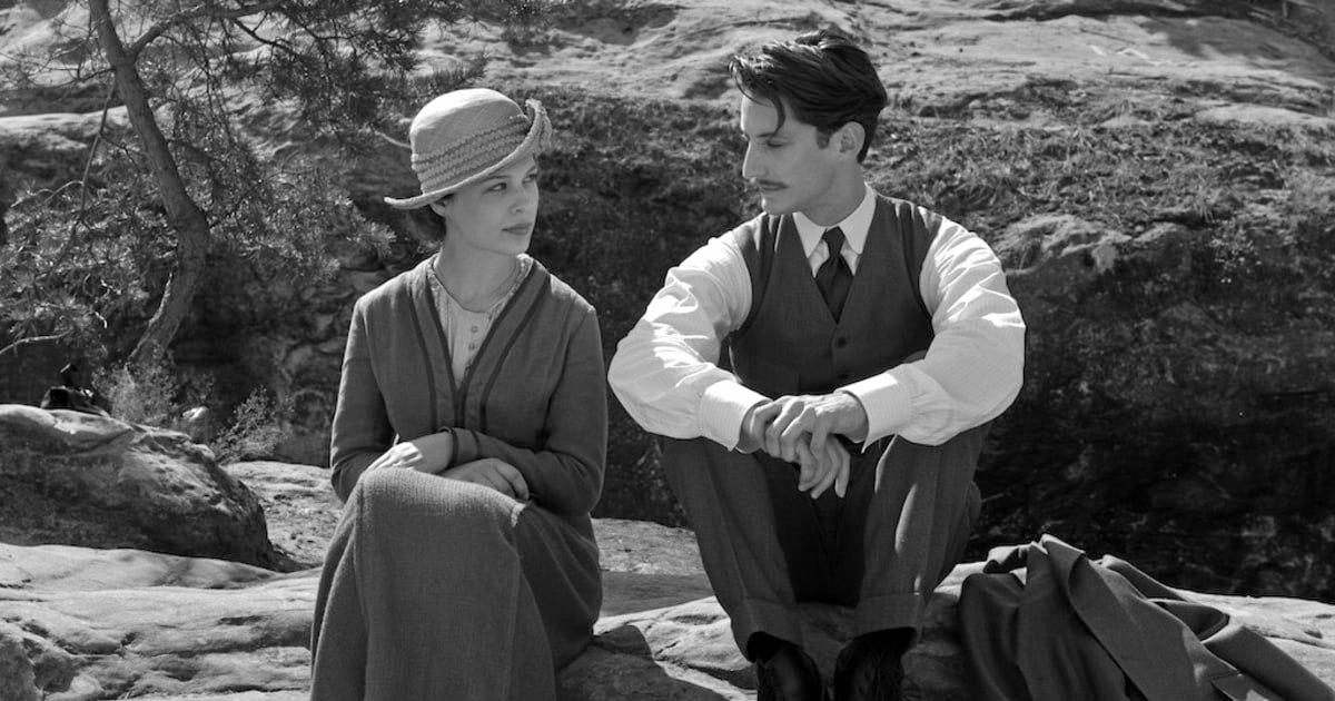 ROMANCE: Paula Beer and Pierre Niney star in Frantz.
