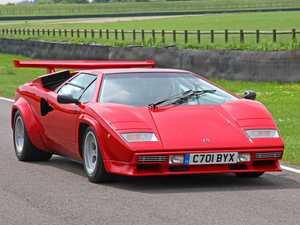 Classic car hunters go 'berserk' over Gosford auction