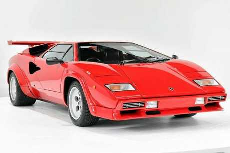 This LP5000QV is an immaculate example of one of the most desirable variants of the Countach. As one of the first 5000QV's delivered to Australia, this example was flown into Sydney via Air Italia in July 1985 and sold new out of