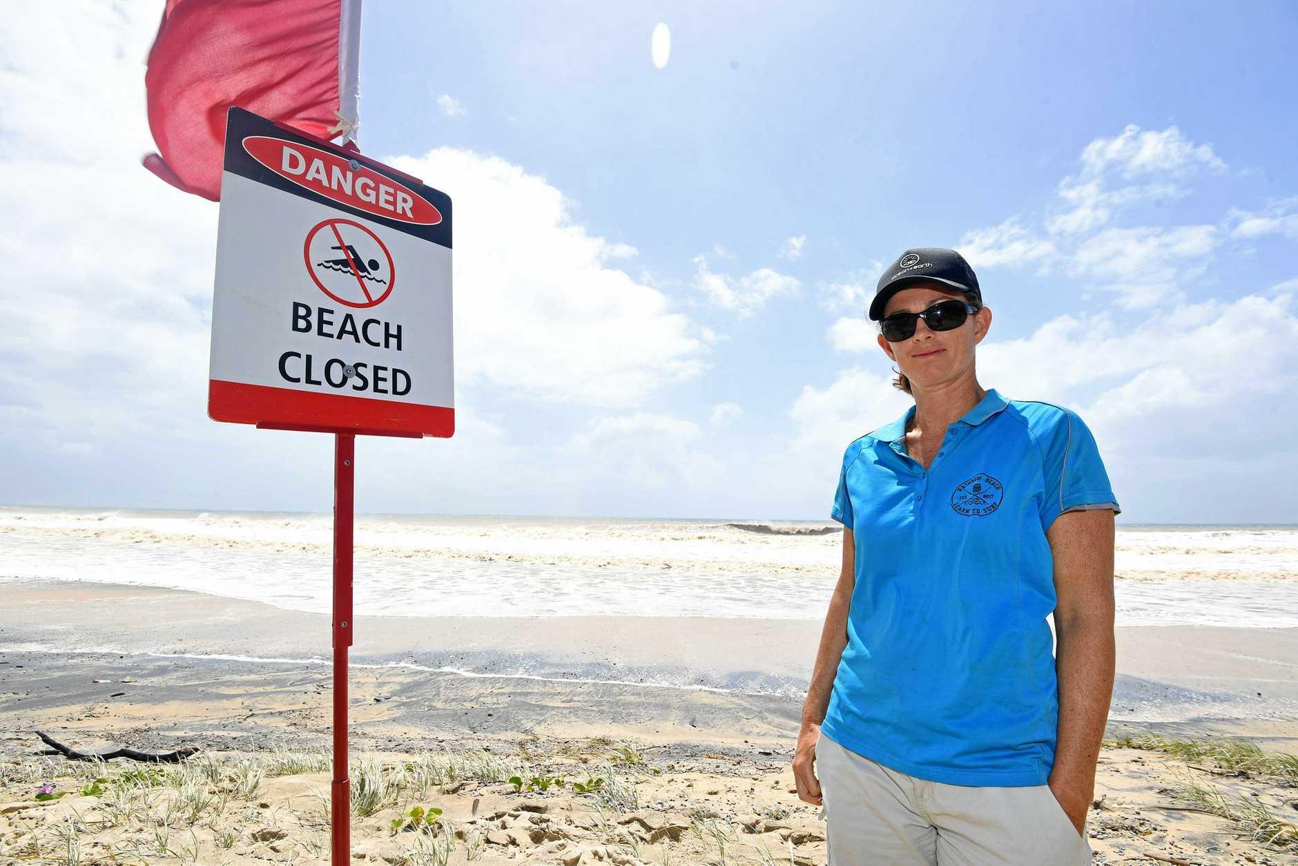 Rainbow beach Learn To Surf  - Sarah Booth