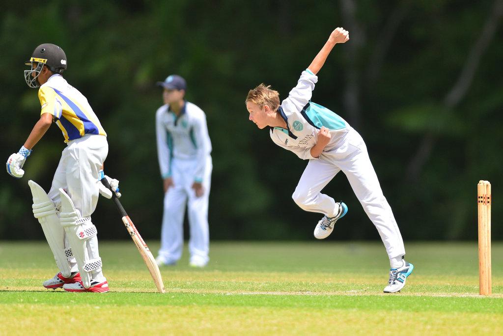 Image for sale: Under 15 cricket action at Matthew Flinders between Matthew Flinders and Nambour. Greg Falconer.
