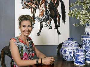 Renowned equine artist to bring 'engrossing' works to town