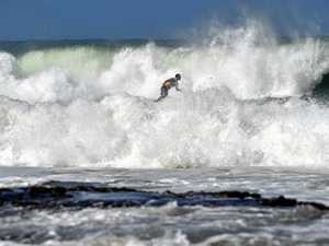 Dangerous surf, erosion in severe weather warning