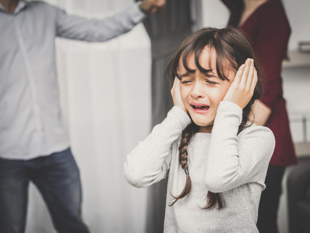 Frequent yelling has a detrimental effect on the development of children, psychologists warn.