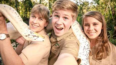 Terri, Bindi and Robert Irwin star in their own Animal Planet series, Crikey! It's The Irwins. The show sees that Steve Irwin's legacy continues.