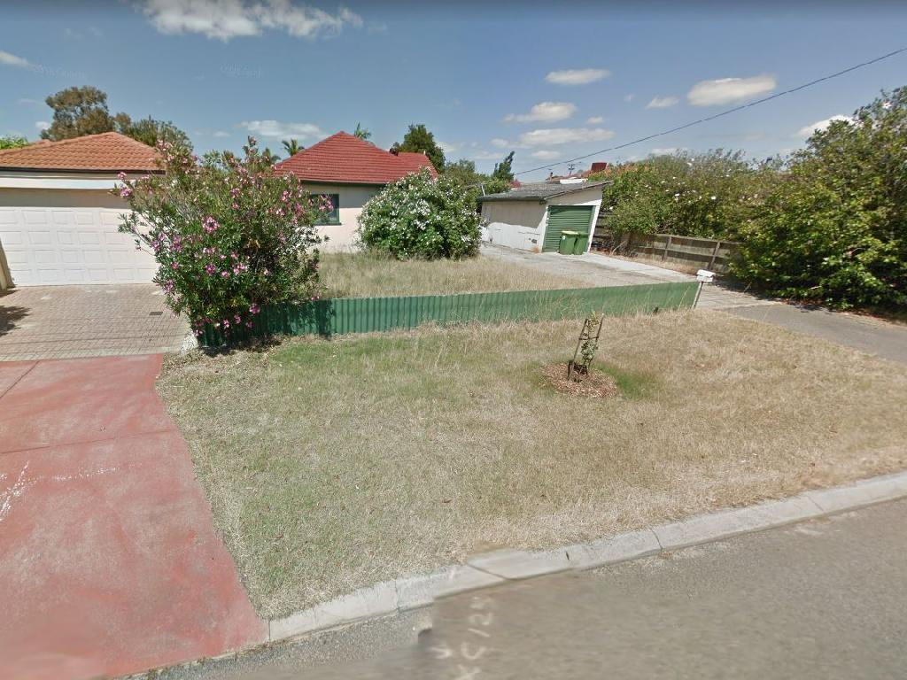 The house in Kewdale bought by Bradley Edwards and his second wife in 2000, pictured eleven months after his December, 2016 arrest.