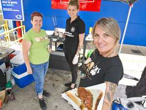 Vegans hold barbecue for animal rescue