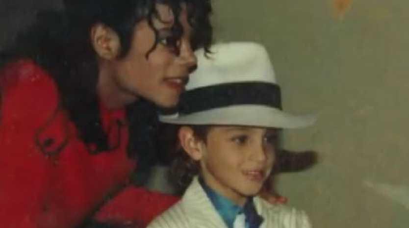 Australian dancer's sex abuse claims against Michael Jackson detailed in documentary