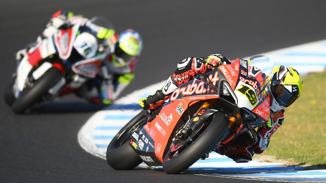 Spain's Alvaro Bautista (right) leads Great Britain's Jonathan Rea Britain during the Tissot Superpole race. Picture: AAP
