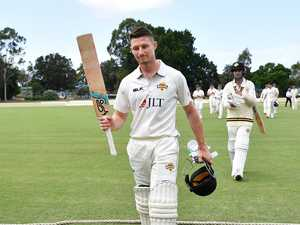 Bancroft returns to spotlight with stunning century