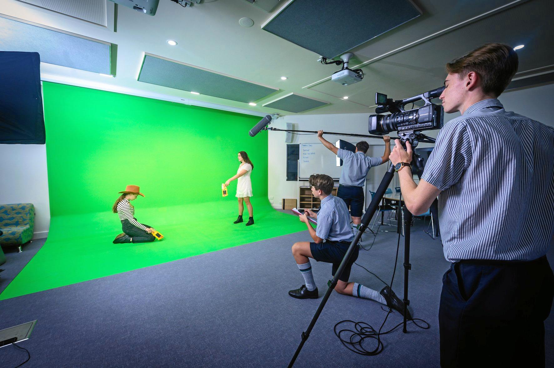 Flinders' new Digital Zone is a dedicated space for students from Years 7 to 12 to explore areas of digital technology, film, TV, new media and electronics.