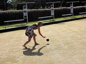 Barefoot bowls teams feel the turf between their toes