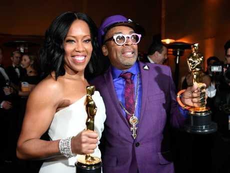 Regina King and Spike Lee bond over their little gold men. Picture: Getty Images