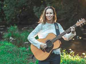 Country singer's new album climbing the charts