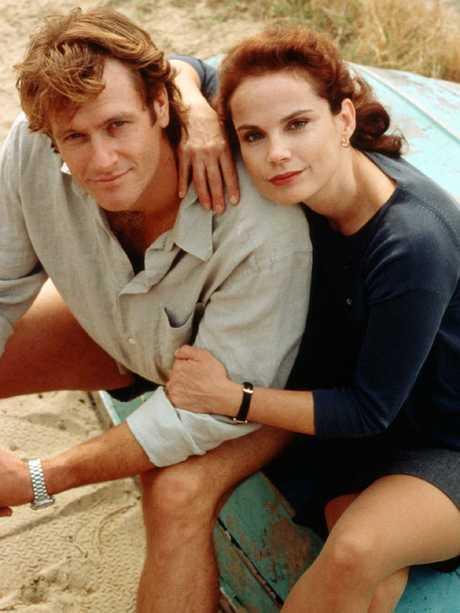William McInnes and Sigrid Thornton in SeaChange.