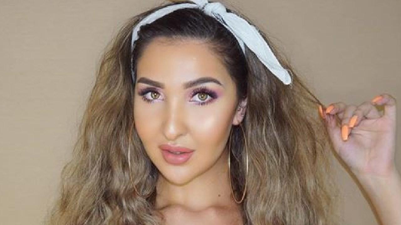 Melbourne make-up artist Nadia Peri was bullied on YouTube.