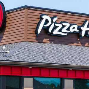disgusted pizza hut staff quit over food safety fears. Black Bedroom Furniture Sets. Home Design Ideas
