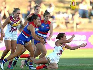 Legend of AFL helps the Lions' women