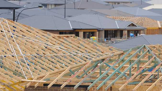 Toowoomba roofing company owes hundreds of thousands