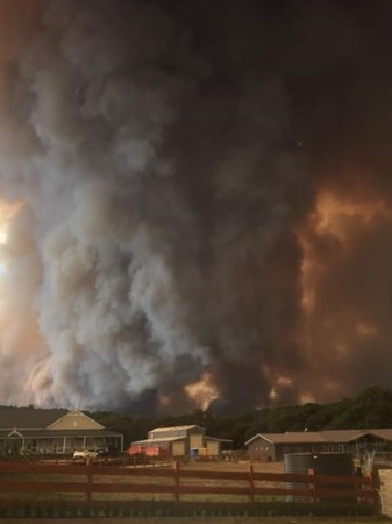 Properties near the Bunyip State Park bushfire. Picture: ABC Gippsland/Facebook