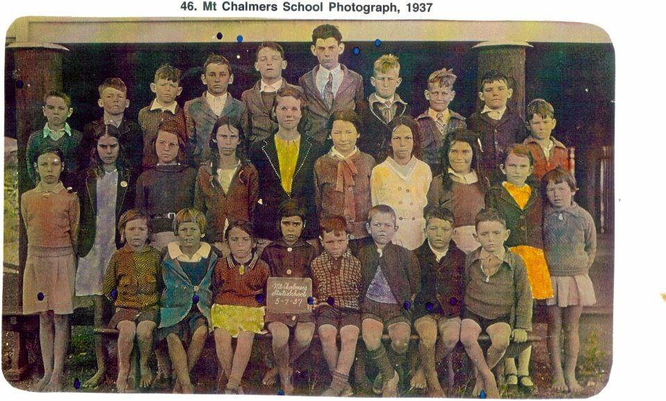 Mount Chalmers State School class photo in 1937.