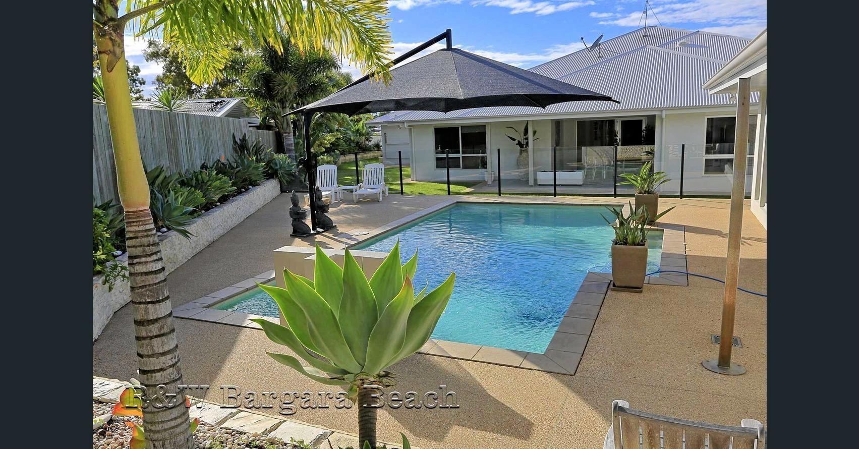 The house, pool house