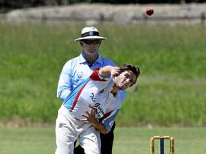 Colts tough task to grab last wickets