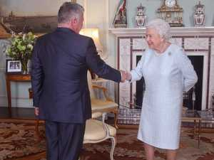 Queen sparks concern over 'bruise'