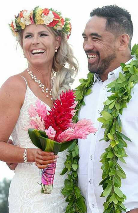 They paid Paradise Wedding Desires $9900 to organise suppliers who didn't turn up.