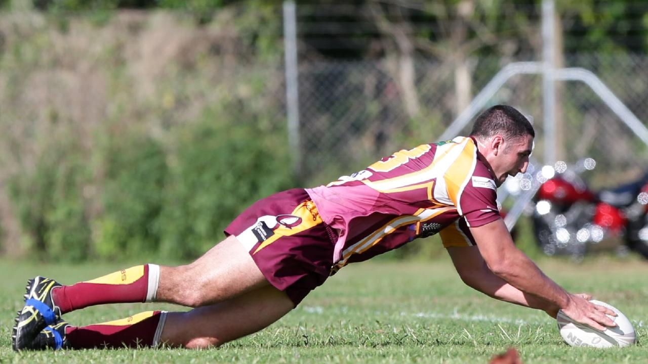 Luke Saunders scores a try for Southern Suburbs.