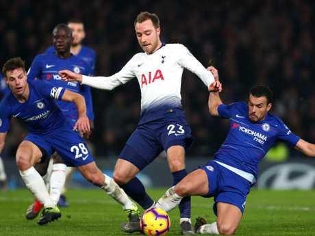 Chelsea overcame Tottenham 2-0.