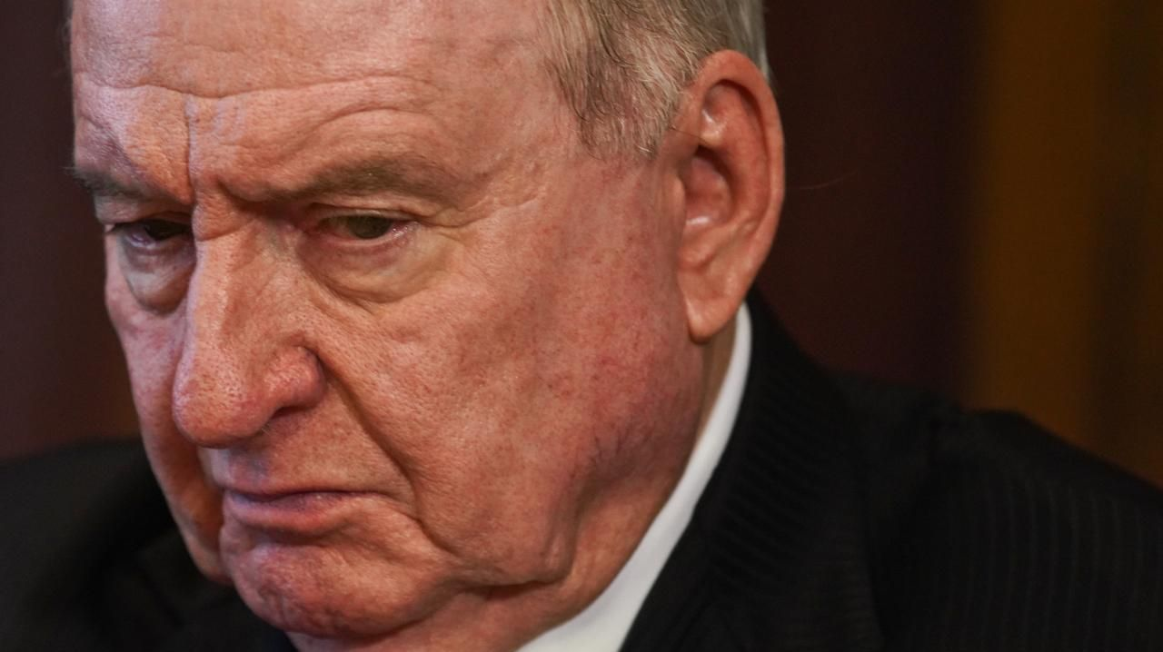 You'll be sacked': Alan Jones threatened | Gatton Star