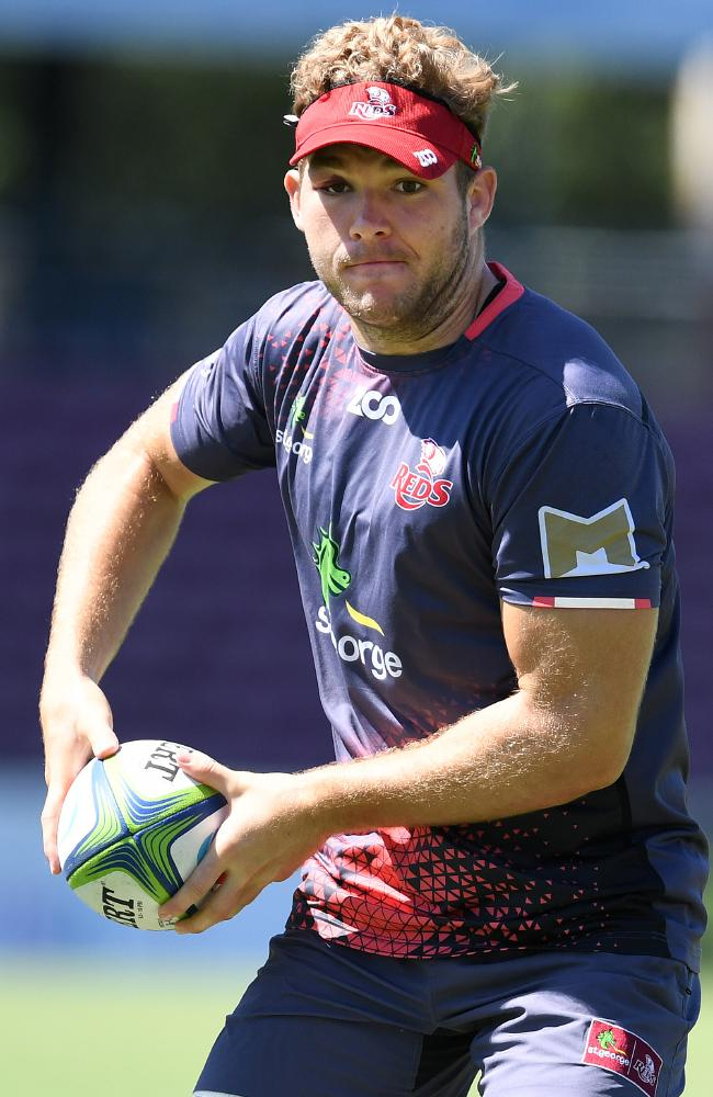Queensland Reds player Angus Scott-Young will be hoping for a good outing against the Waratahs before being invited to Michael Cheika's first gathering of Wallabies hopefuls.