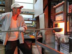 Glass artists break new ground