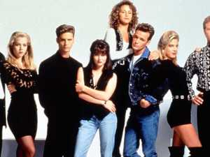 Untold truth of Beverly Hills, 90210