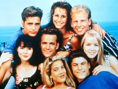 Cast of Beverly Hills 90210 in 1995. Picture: Supplied