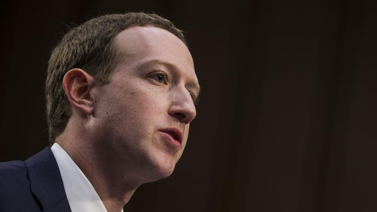Zuckerberg promises a privacy-friendly Facebook, sort of.