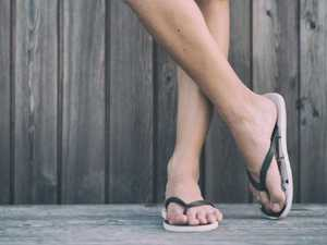 Tourists fined $4000 for wearing thongs