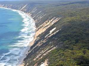 Rainbow Beach 'just north' of Noosa? That's just ridiculous