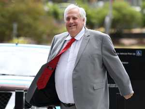 Palmer's bid to keep wife Anna out of court