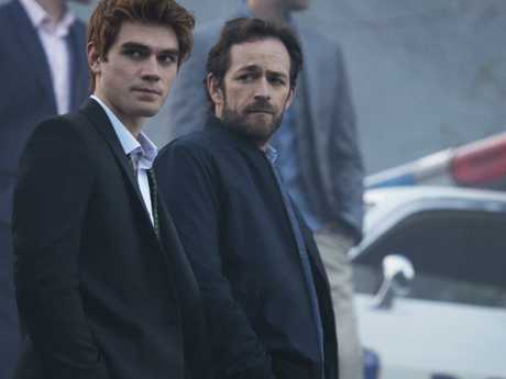 Luke Perry had most recently been seen alongside KJ Apa in Riverdale. Picture: Supplied